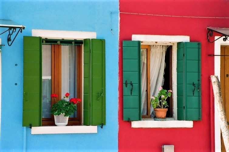 Burano's Candy-Colored Casas - Gallery Slide #14