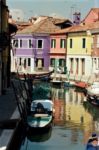 Burano's Candy-Colored Casas - Gallery Slide #17