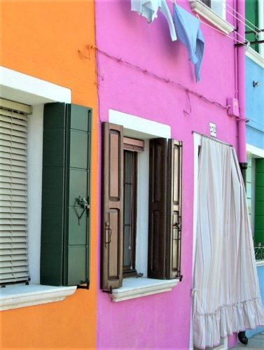 Burano's Candy-Colored Casas - Gallery Slide #24