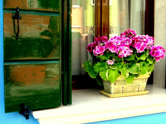 Burano's Candy-Colored Casas - Gallery Slide #7