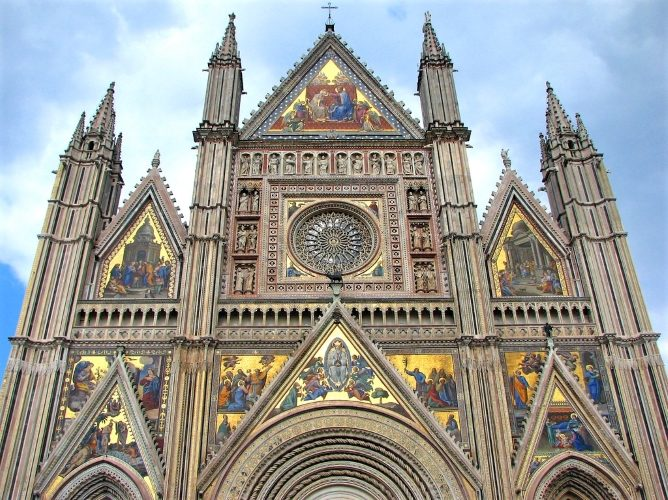 Gothic Glory in Orvieto - Gallery Slide #3