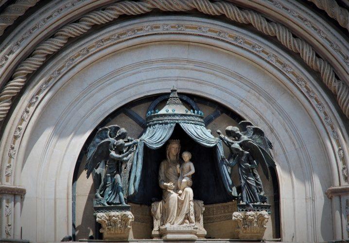Gothic Glory in Orvieto - Gallery Slide #10