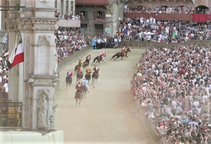 The Palio: Pride, Passion & Pandemonium - Gallery Slide #51