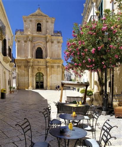 Sicilian Baroque Architecture - Gallery Slide #33