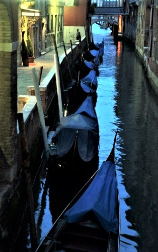 Seductive Venice - Gallery Slide #18