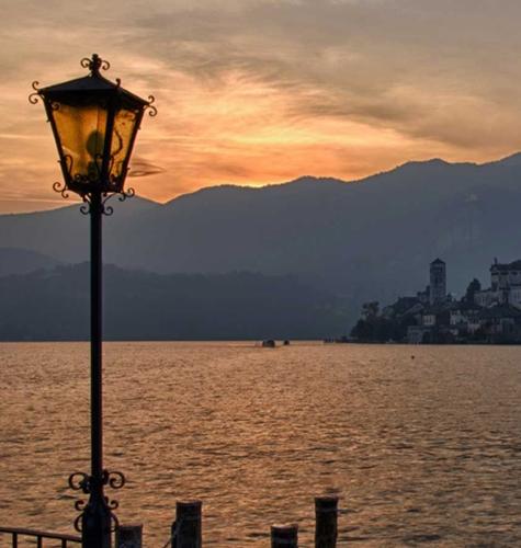 The Jewels of Lago Maggiore - Gallery Slide #58